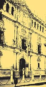Fachada de la Cisneriana