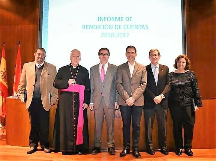 Medalla para conmemorar el fallecimiento del Cardenal Cisneros