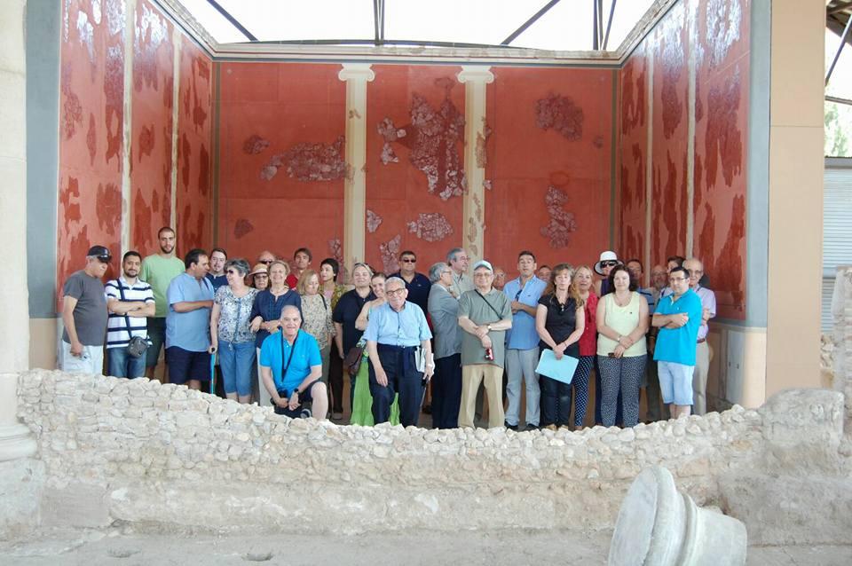Visita a la Casa de los Grifos en Complutum